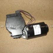 Ablaktörlő motor E 94-02 Duc
